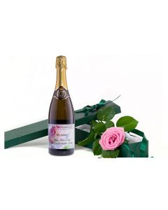 personalised-prosecco-and-fresh-pink-rose-gift