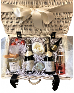 """""""My Moment to Relax"""" Mini Champagne Pamper Hamper - Champagne, Candle, Bath Bubbles & Chocolate Truffles"""