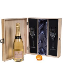 Personalised Champagne in wooden box with flutes