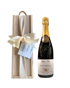 personalised-prosecco-in-wooden-gift-box