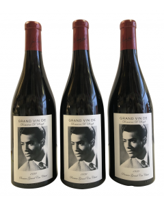 personalised-red-wine-3-bottles-with-photo-label