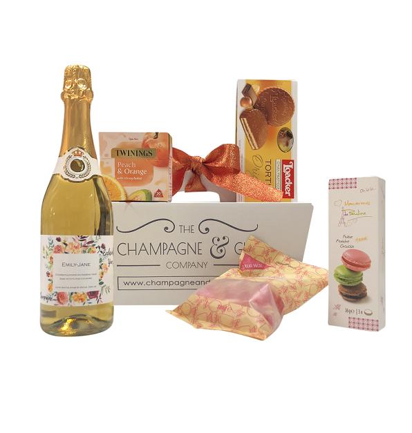 Wine hamper personalised gift