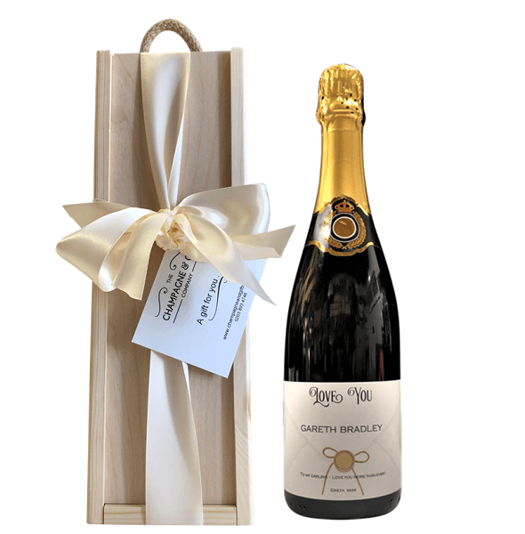 personalised-prosecco-gift-set-in-wooden-box