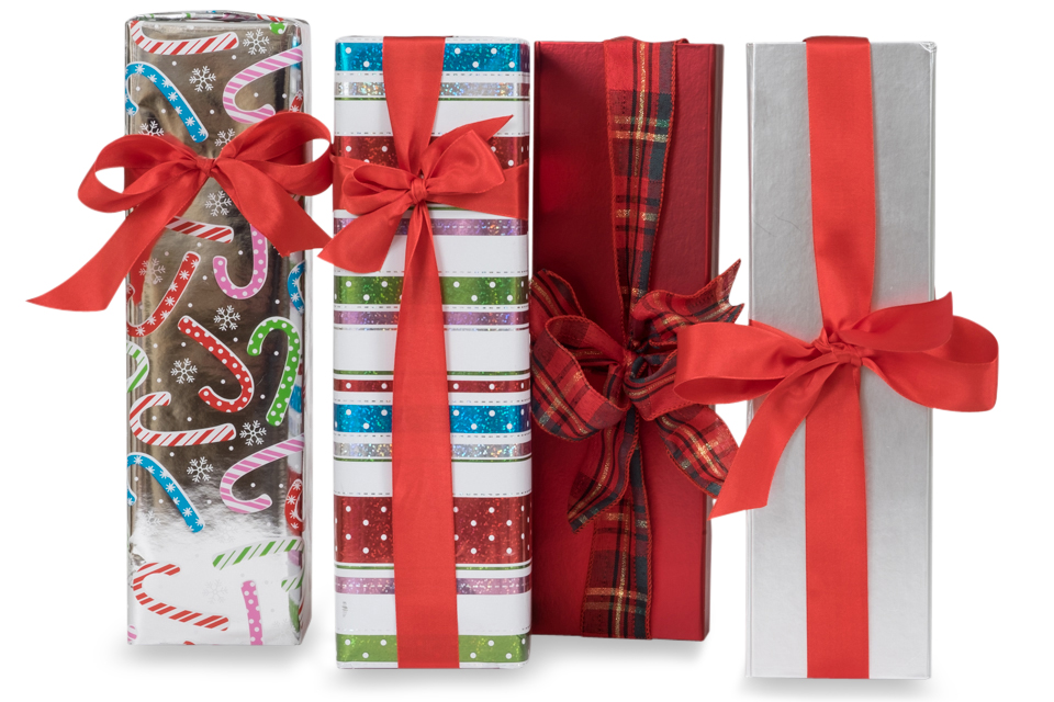 beautiful gift wrapping champagne christmas