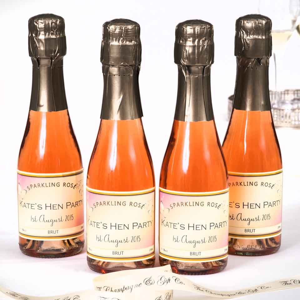 personalised-mini-sparkling-rosé-for-wedding-favours
