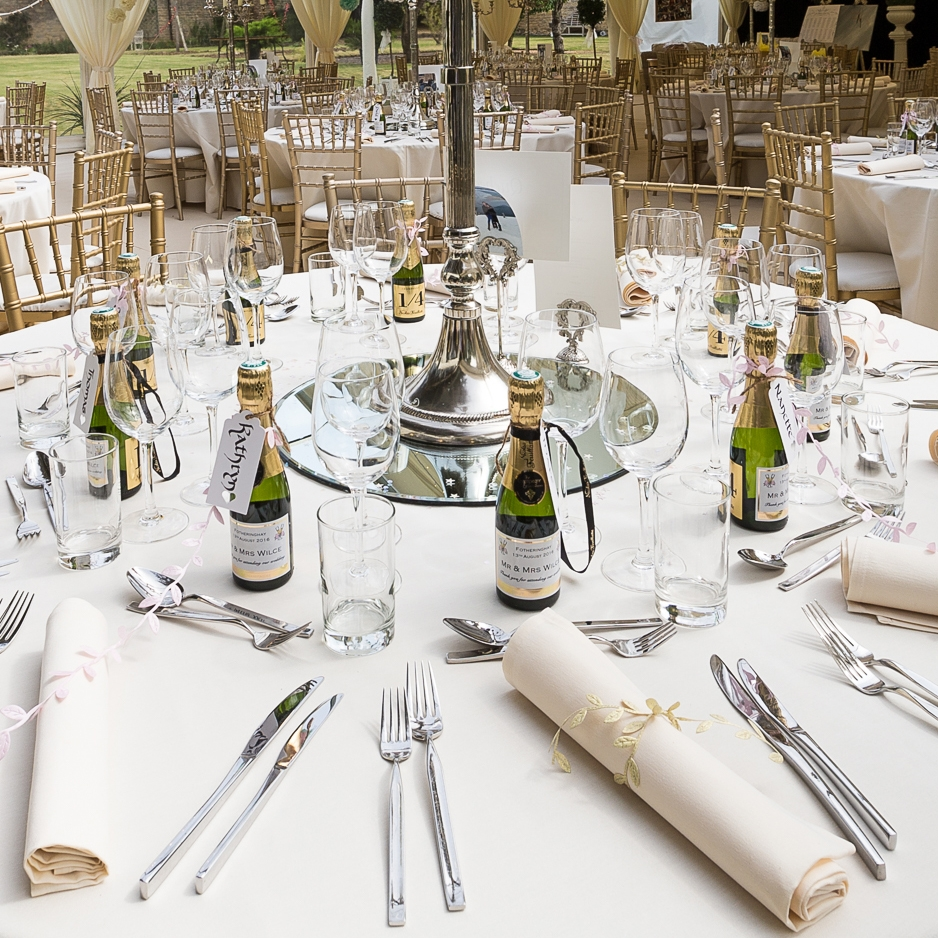 personalised wedding champagne favours
